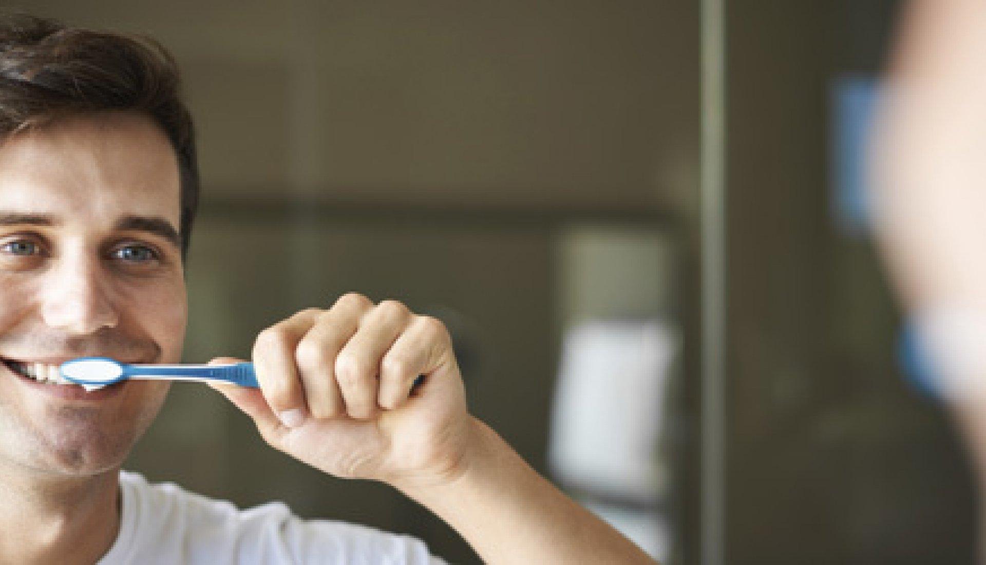 Quince hábitos cotidianos que dañan tus dientes